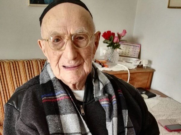 Cụ ông Yisrael Kristal