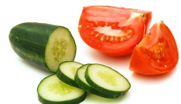 Cách làm mặt nạ cà chua