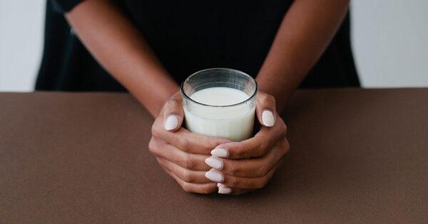 nên uống sữa khi nào
